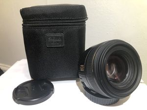 Sigma 30mm f/1.4 EX DC HSM Lens for Canon for Sale in Hartford, CT