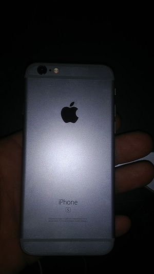 IPhone 5 works for Sale in Bakersfield, CA