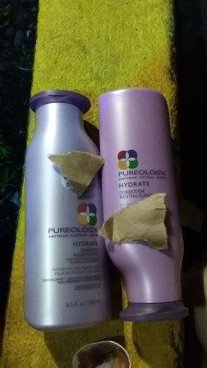 Pureology shampoo and conditioner serious color Care 8.5 fluid ounce bottles for Sale in Renton, WA