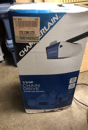 Chamberlain 1/2 HP Garage Door Opener for Sale in Cerritos, CA