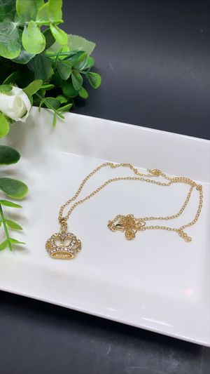 Beautiful Necklace Crown Choker Crystal Pendant Chain, Gold Color for Sale in Los Angeles, CA