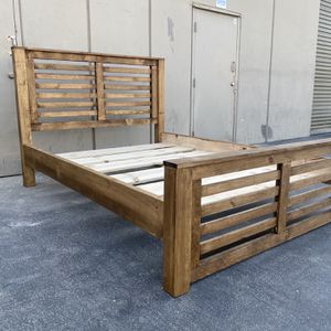 New Queen Size Bed Frame Color Can Be Changed ! for Sale in La Palma, CA