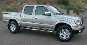 On Saleee 2004 Toyota Tacoma PreRunner 4WDWheels Clean! for Sale in Washington, DC