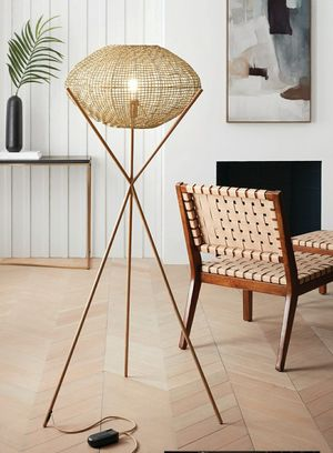New Decor Tripod Floor Lamp..below retail price 1left retail for $100 selling for $75 for Sale in Hesperia, CA