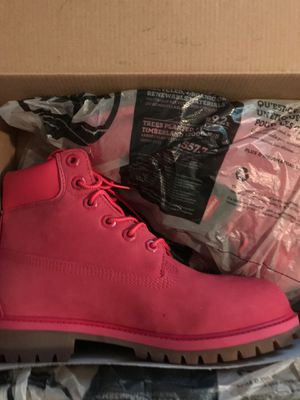 Pink Timberlands Size 5.5 for Sale in Chevy Chase Village, MD