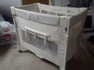 Mini arms reach Co- sleeper Baby Crib for Sale in Santa Maria, CA