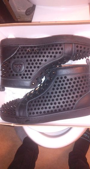 All black Crystal Louis Vuitton red bottoms for Sale in Spring, TX