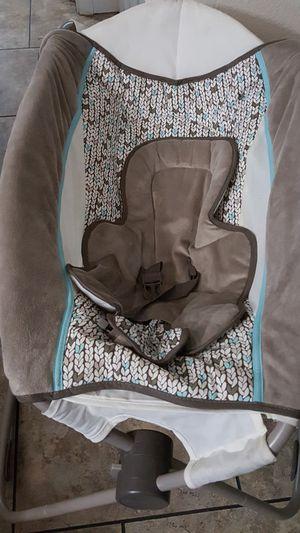 swinging baby bed for Sale in Las Vegas, NV