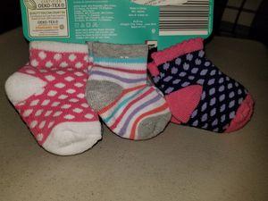 6 Infant socks new 6 to 12 for Sale in Oceano, CA