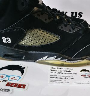 2011 AIR JORDAN 5 RETRO METALLIC GS KIDS SIZE 7Y GOOD USED CONDITION VERY CLEAN $30 for Sale in Cleveland, OH