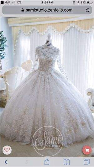 Wedding dress ysa makino for Sale in Orland Park, IL