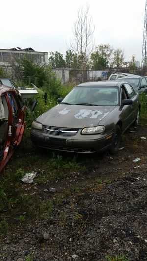 2000 Chevy Malibu for parts for Sale in Detroit, MI