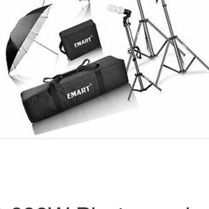 Emart 600W Photography Photo Video Portrait Studio for Sale in Riverside, CA