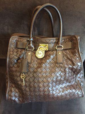 Designer leather shoulder bag purse for Sale in Fort Washington, MD