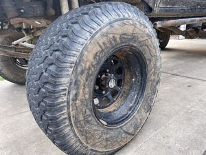 315/75r16 35s on 16inch rims for Sale in Roseville, CA