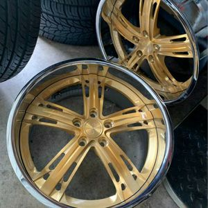20 INCH STAGGERED DUB RIMS CANDY GOLD for Sale in Des Moines, WA