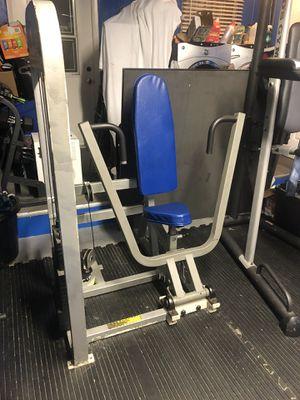 Chest press machine for Sale in Davie, FL