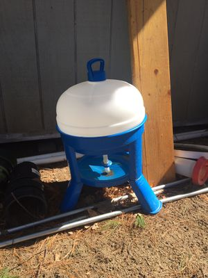 5 gallon poultry waterer for Sale in Raynham, MA