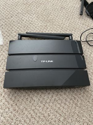 TP link router C5 5Ghz dual band for Sale in Bellefonte, PA