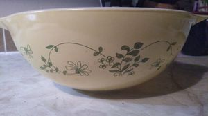 1980's Pyrex Bowl for Sale in Sharpsburg, GA