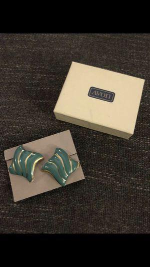 Vintage Avon clip earrings for Sale in San Leandro, CA