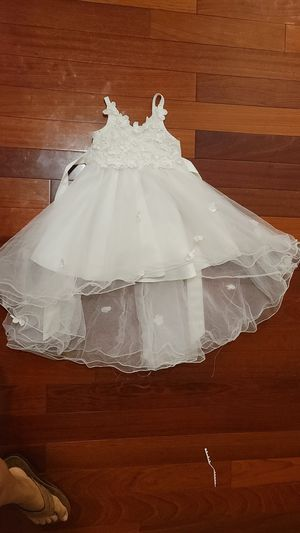 White flower girl dress size 4 for Sale in Cerritos, CA