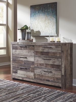 Ashley Furniture Dresser, Multi Gray, Casual Syle for Sale in Fountain Valley, CA