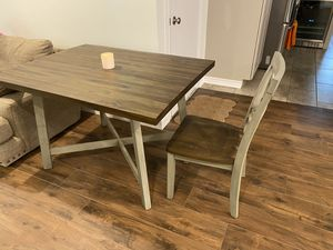 Joss & Main Kitchen Table with set of 4 chairs. Only 1 year old in great condition!! for Sale in Houston, TX
