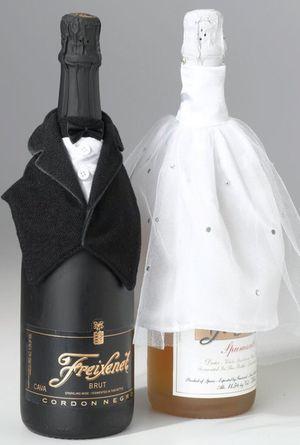 Bride and groom wine cover sun glasses bachelorette sash for Sale in Alexandria, VA