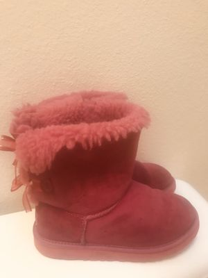 UGG boots for kids size 3 for Sale in Everett, WA