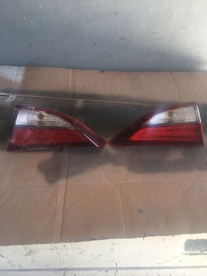 2014 2015 2016 Hyundai Elantra Right and left inner truck lights original parts for Sale in Los Angeles, CA