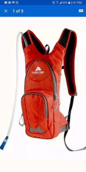 Ozark trail HYDRATION backpack for Sale in Westland, MI