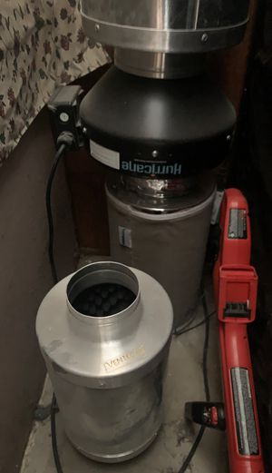 """Hurricane fan and 4"""" & 6"""" carbon filters for Sale in Dixon, CA"""