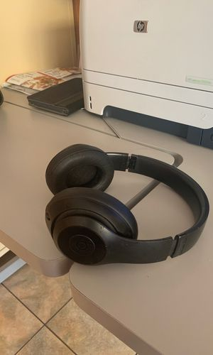 Beats solo 3 for Sale in Philadelphia, PA