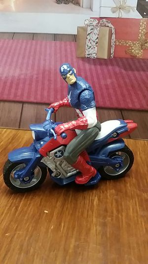 Captain America Hasbro figure with motorcycle 2011 Marvel for Sale in Escondido, CA