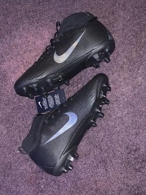 Nike cleats 4.5y football or soccer for Sale in Fort Washington, MD