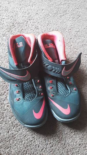Nike Air Size 9 for Sale in Philadelphia, PA