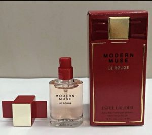 ESTEE LAUDER -- Modern Muse Le Rouge for Sale in Washington, DC