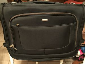 Suit case like new for Sale in Lakeland, FL