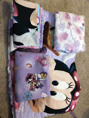 Complete Minnie Mouse Crib or Toddler bed set. for Sale in Ruskin, FL