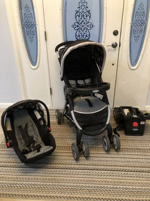 Graco Snugride 30LX Travel click connect car seat, base and stroller for Sale in Cañon City, CO