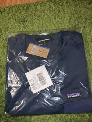 Patagonia NWT Maple Grove Snap T Medium for Sale in Hawthorne, CA