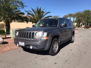 Jeep Patriot 2012 Clean title for Sale in Cathedral City, CA
