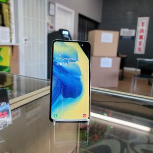 Samsung Galaxy S10e T-Mobile for Sale in Las Vegas, NV