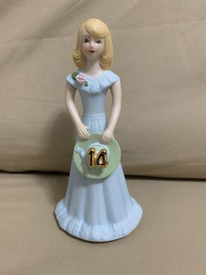 """Enesco Growing up girls """"blonde age 14"""" for Sale in Queens, NY"""