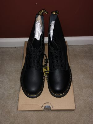 Women's Dr Martens Boots Pascal Virginia Black size 9 for Sale in Fairfax, VA