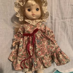 Vintage 1966 Effanbee Doll for Sale in Bensenville, IL