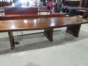 10 ft conference table $250 (good condition) for Sale in Houston, TX