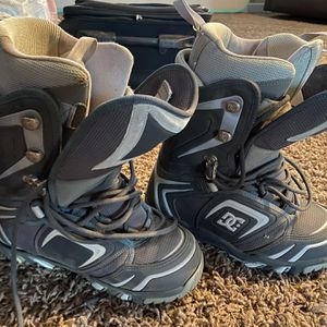 DC Snowboard Boots Size 9 Men's for Sale in Menifee, CA