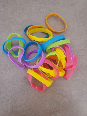 Super Z Outlet Assorted Bracelets 24 Count for Sale in Casa Grande, AZ